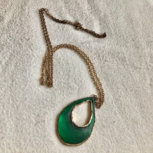 Accessories - Green & Gold necklace